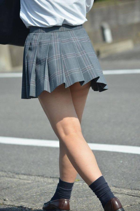 【JK】女子校生はミニスカじゃなきゃいけないってことはないけど、ミニスカの方がいいよね